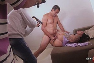 Behind the scenes of how a porn movie is made