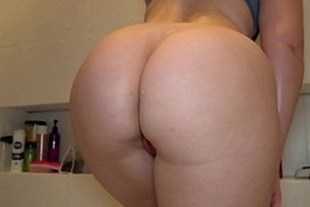 Big ass and sexy blonde in big ass porn