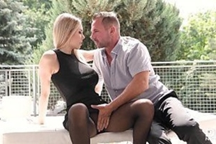 Blondie doing footjob in the dick of the gifted