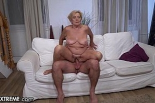 Caught in the net glaring pussy of old pervert bouncing on cock