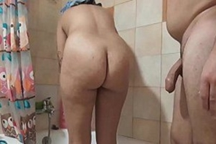 Couple went to shower together and ended up fucking tasty x porno