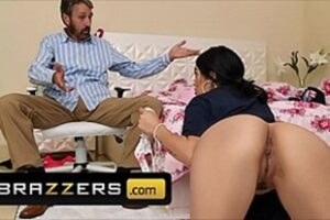 Getting In The Ass Of Her Hot Stepdaughter Pono Vidios