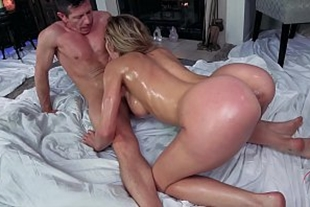 Husband fucking the pussy in the bedroom