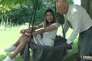 Mature fucking her young niece videos xxx br