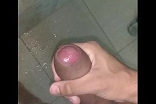Men pounding and cumming in the shower