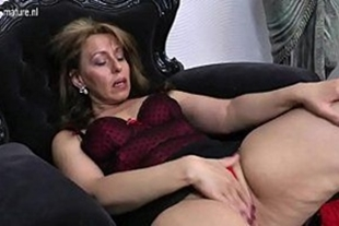 Naughty mature woman touching a very hot one
