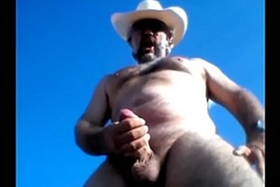 Old man wanking quickie