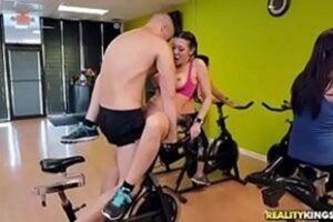 Personal Fucking The Hottie In The Gym