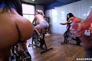 Porn video of gym with hot bitch