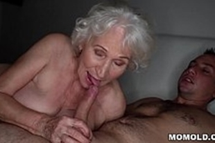 Porn videos with good old women in bed