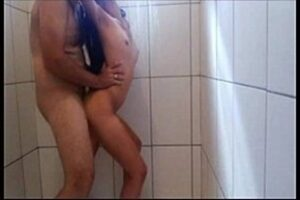Sex Under The Shower With The Hottie