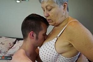 Sex With Old Women Free Videos With Naughty Boys
