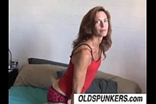Sex with skinny old sluts