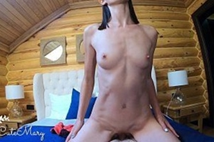 Skinny girl sucking and sitting on pussy on face