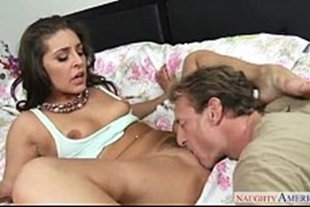 Sucking the naughty pussy that is crazy to come