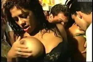 Suruba In Carnival With Many Hot Babes Giving The Pussy