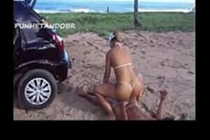 Teen Getting Fucked On The Beach With Her Boyfriend