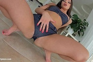 The hot bellini anita giving her ass for comfort