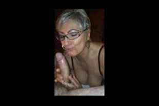Too naughty crown in oral sex video