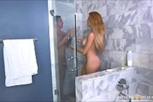 Video Porno Shower Showering With Minted