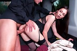 Video sex model giving in the van to the agent