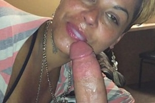 Www fell on the net cute doing very tasty oral sex