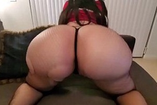 Young girl fucking pussy from hot rabuda