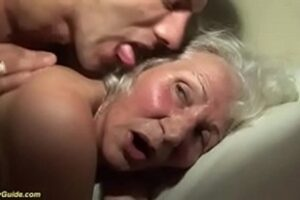 Fucking Dirty Granny Who Loves Sex