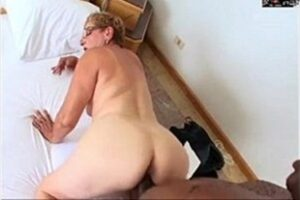 Fucking Hot Granny Who Was Wet